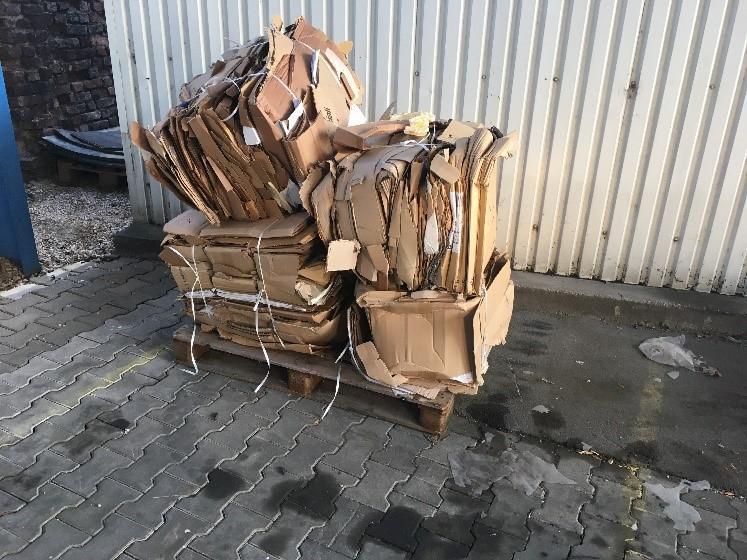 Fólia és kartonhulladék hatékony kezelése hulladekpres.hu 3